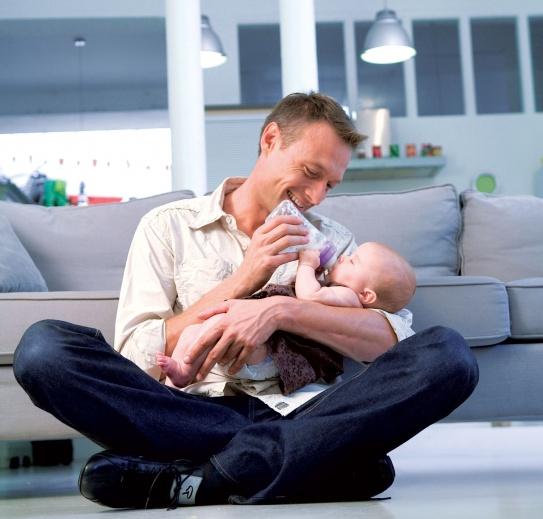 Kūdikio maitinimo priemonių plovimas ir sterilizavimas