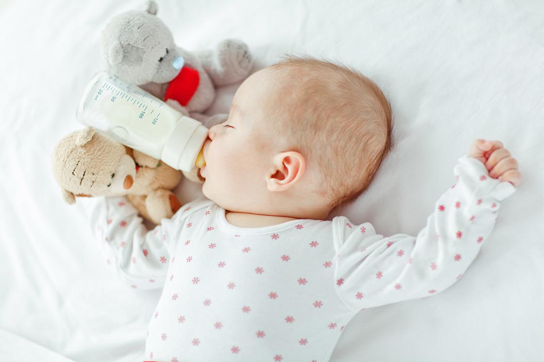 Naktinis vaiko maitinimas
