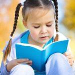 Padėkite vaikui pamilti knygas