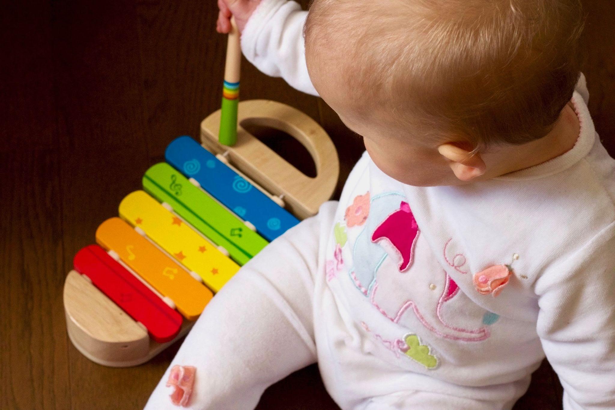 Kaip išrinkti dovaną kūdikiui